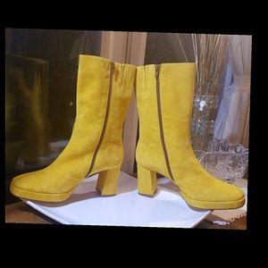 sale retailer 5bdfd 264a8 Miista Shoes - 🆕NWOT▫MIISTA▫Unbearably Retro Suede CARLOTA Boots